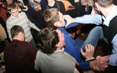 Турист из Донбасса устроил ссору в баре отеля